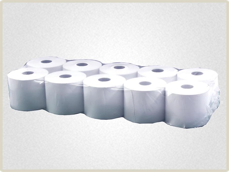 Чековая лента 80*80 поставляется упаковками по несколько роликов обтянутыми пленкой.