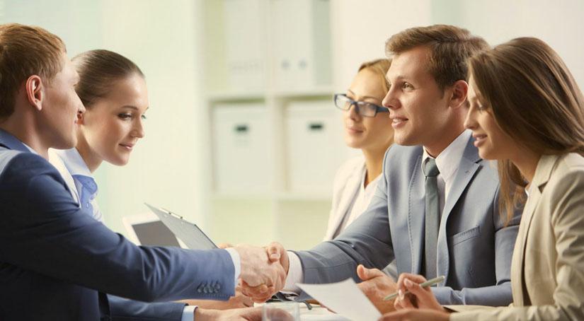 1.1с торговля. Управление торговлей 8: условия работы с клиентами Конфигурация «1С: Управление торговлей» поможет вести учет торговли и всех условий реализации. Модуль «Управление продажами» в программе «1С:Управление торговлей» позволяет формировать цены необходимым компании образом.