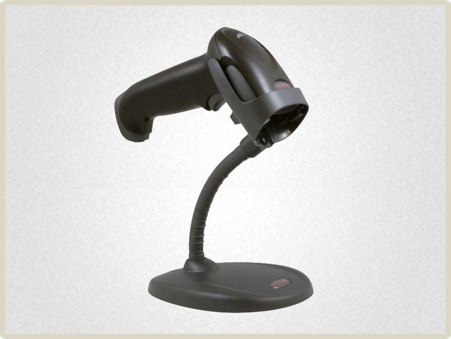 Стационарный режим работы сканера возможен при подключении подставки. Считывание штрих кода происходит на расстоянии до 45 см.