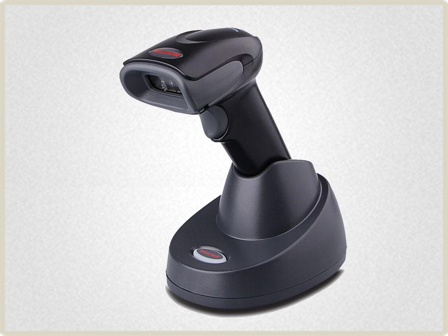 Данная модель сканера штрих кода - отличный выбор для долой работы без дополнительной подзарядки. Беспроводной фотосканер Honeywell Voyager 1452g удобен быстрой и легкой сменой аккумулятора.