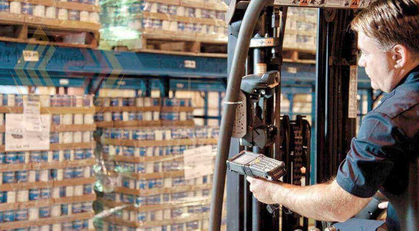 Мобильная версия торговли и склад позволяет сделать работу на складе точнее, быстрее и значительно эффективней. Точность работы повышается за счет использования штрих кодов и поэтапного выполнения бизнес процесса.
